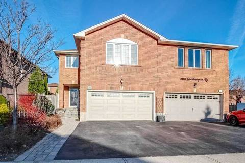Townhouse for sale at 2121 Glenhampton Rd Oakville Ontario - MLS: W4725659