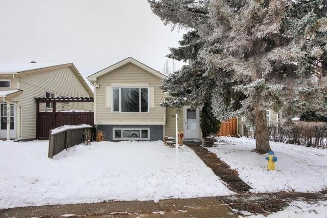 House for sale at 2124 52 St NW Edmonton Alberta - MLS: E4221247