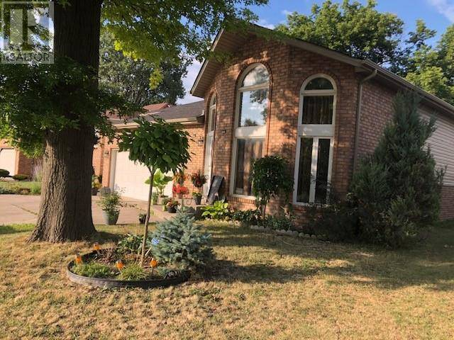 House for sale at 2124 Dominion  Windsor Ontario - MLS: 19022837