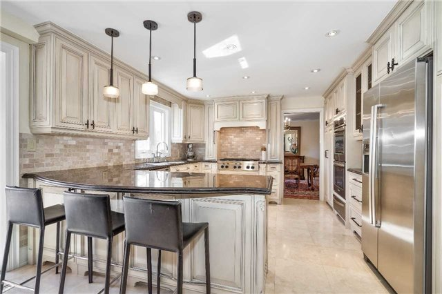 For Sale: 2124 Lynchmere Avenue, Mississauga, ON | 4 Bed, 6 Bath House for $2,298,850. See 20 photos!