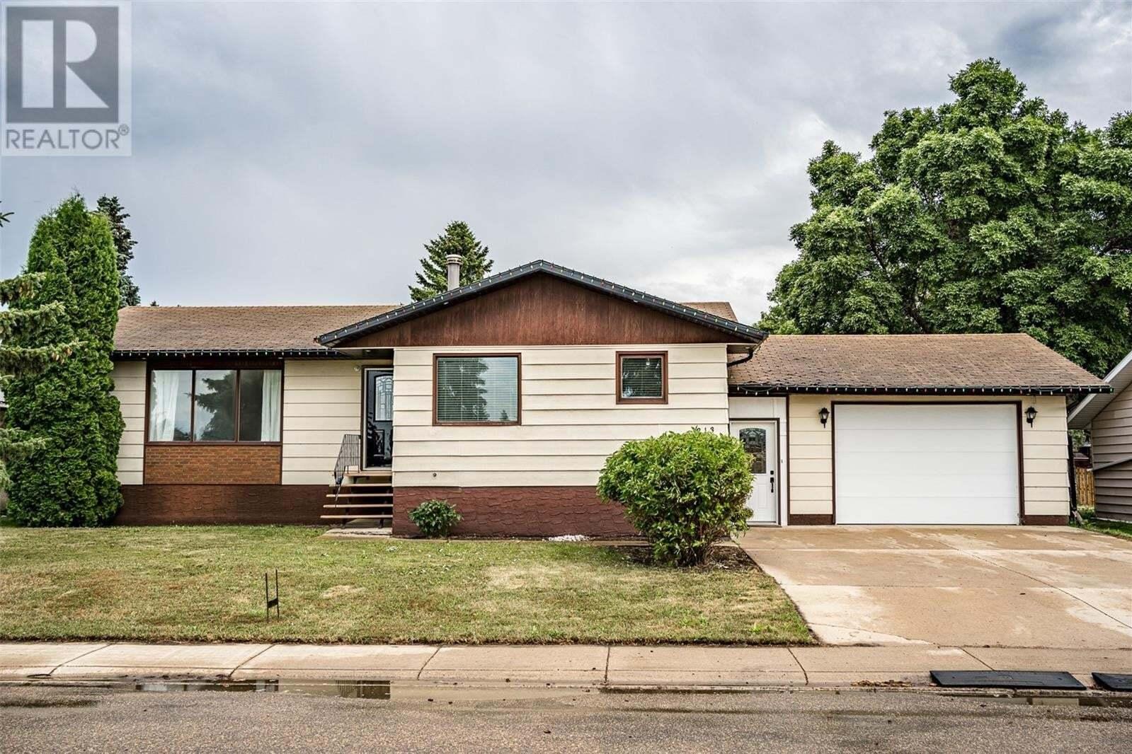 House for sale at 213 3rd Ave Rosthern Saskatchewan - MLS: SK821253
