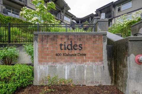 Condo for sale at 400 Klahanie Dr Unit 213 Port Moody British Columbia - MLS: R2460673