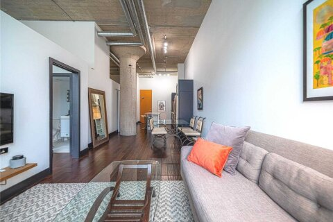 Apartment for rent at 637 Lake Shore Blvd Unit 213 Toronto Ontario - MLS: C4995120