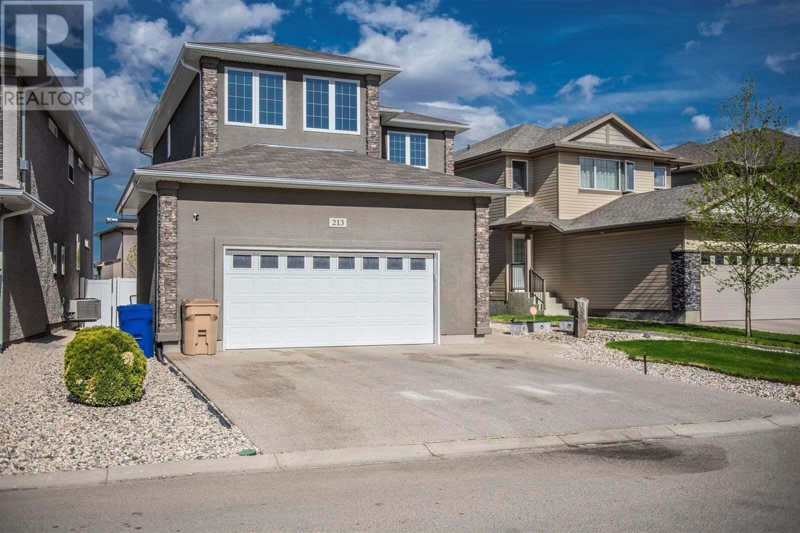 House for sale at 213 Brookview Dr Regina Saskatchewan - MLS: SK815089