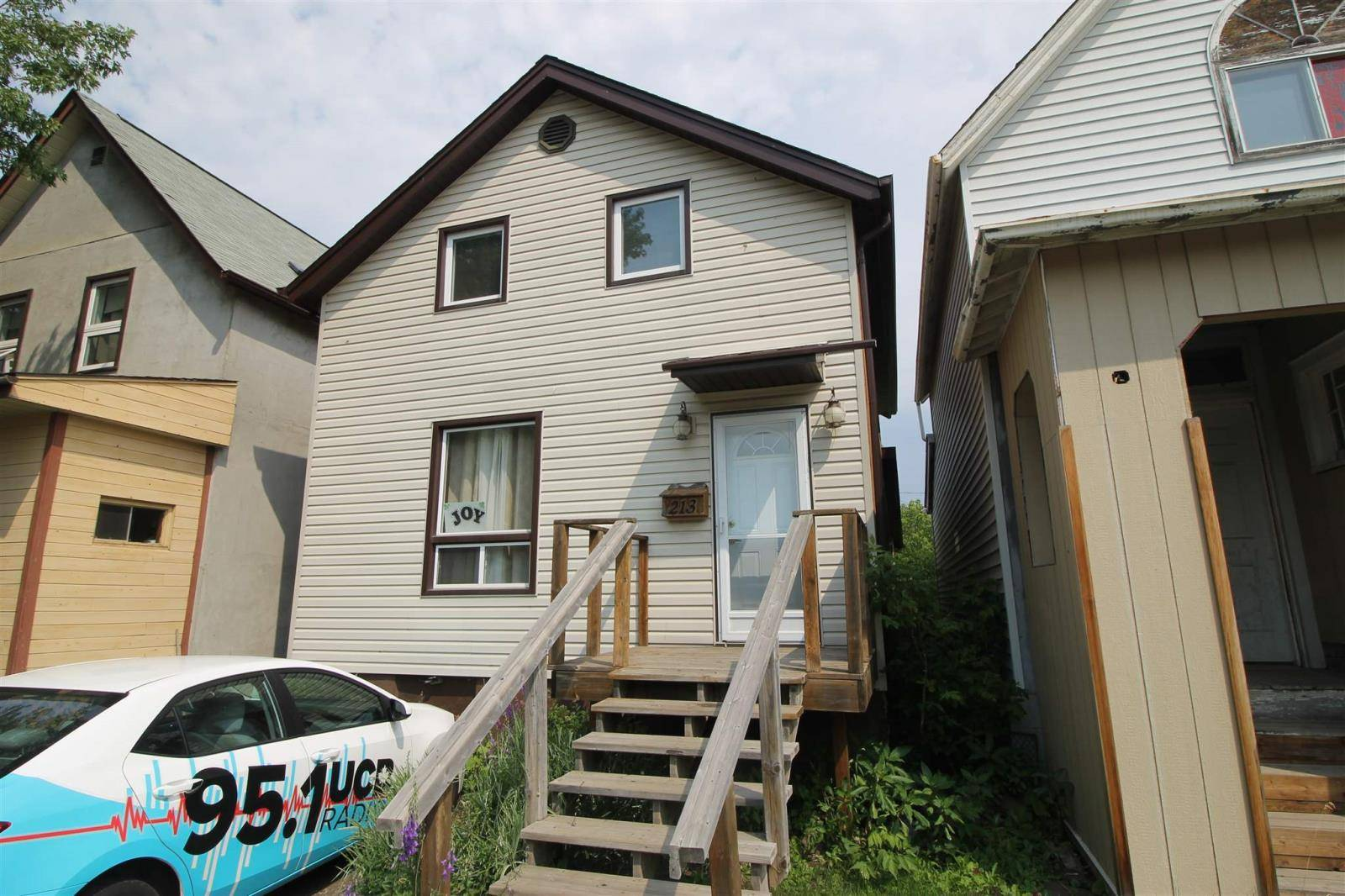 213 Cumming Street, Thunder Bay | Image 2