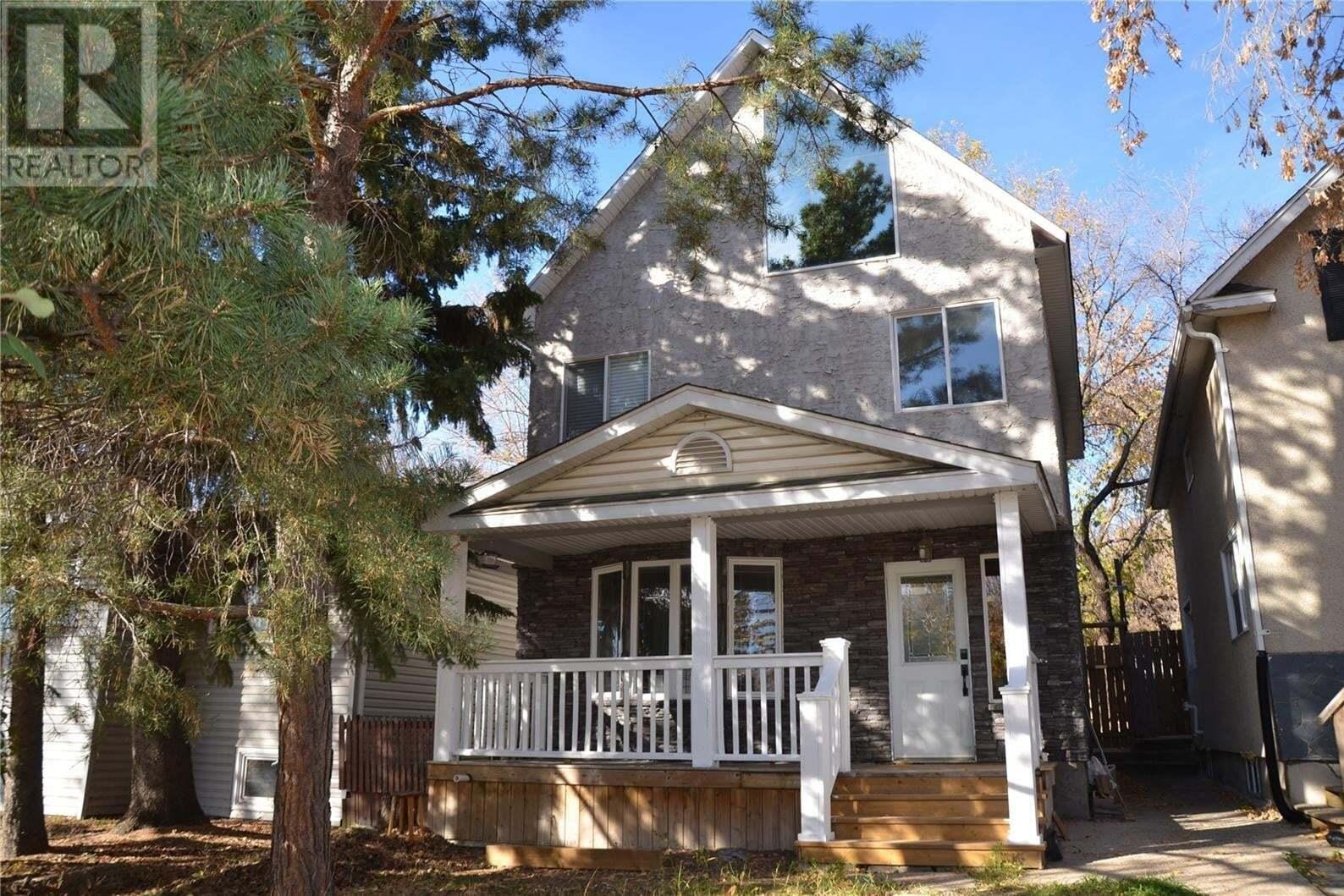 House for sale at 213 H Ave N Saskatoon Saskatchewan - MLS: SK830122