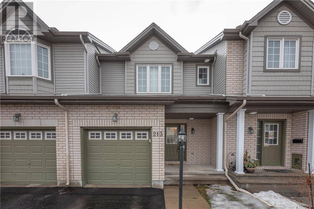 Townhouse for sale at 213 Lamplighters Dr Ottawa Ontario - MLS: 1187694