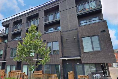 Townhouse for sale at 213 Manning Ave Toronto Ontario - MLS: C4388328