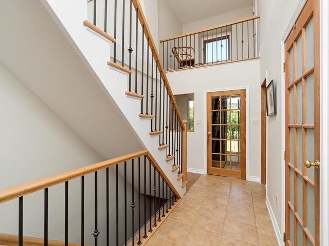 For Sale: 213 Mountainview Road, Halton Hills, ON | 4 Bed, 2 Bath House for $900,000. See 20 photos!