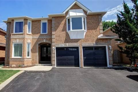 House for sale at 2132 Grand Ravine Dr Oakville Ontario - MLS: W4457708
