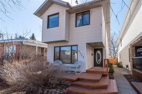 House for sale at 2133 3 Ave Northwest Calgary Alberta - MLS: C4236611