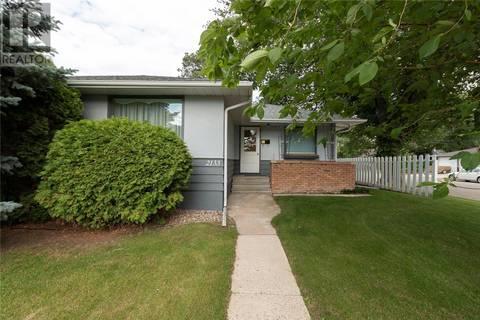 House for sale at 2133 Munroe Ave S Saskatoon Saskatchewan - MLS: SK778653
