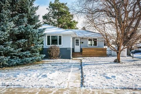 House for sale at 2133 Munroe Ave S Saskatoon Saskatchewan - MLS: SK799332