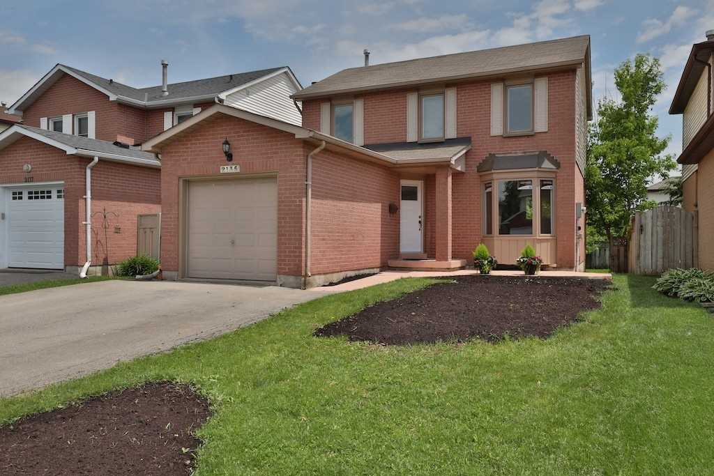For Sale: 2135 Clipper Crescent, Burlington, ON | 3 Bed, 3 Bath House for $799900.00. See 25 photos!