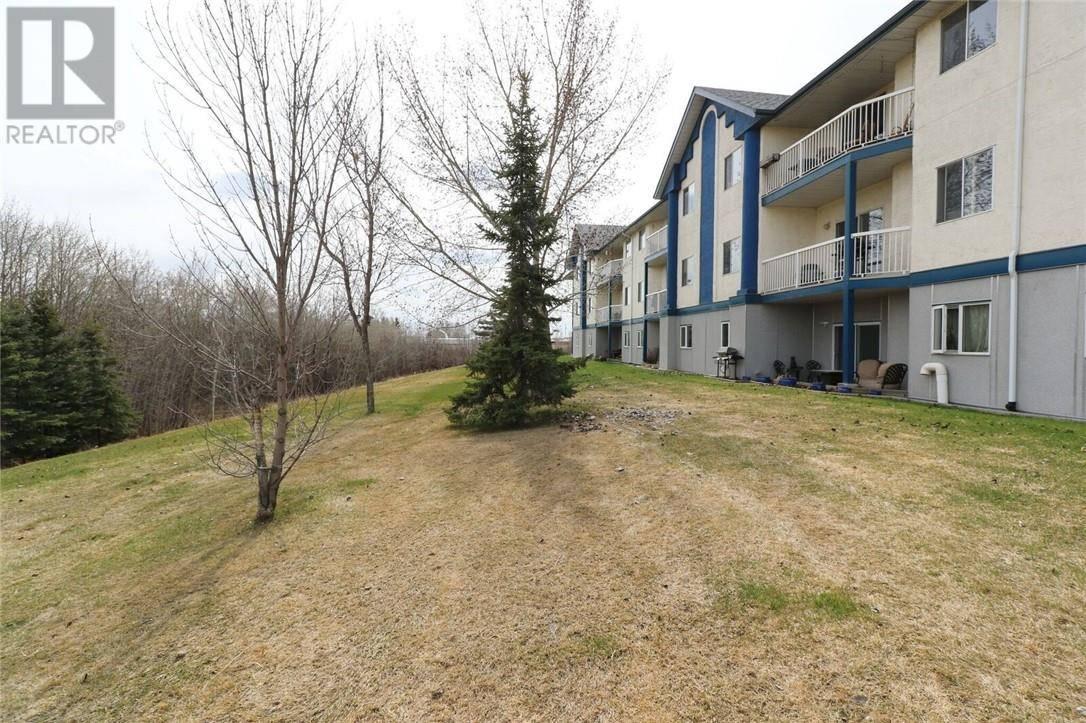 Condo for sale at 10405 99 Ave Unit 214 Grande Prairie Alberta - MLS: GP205180