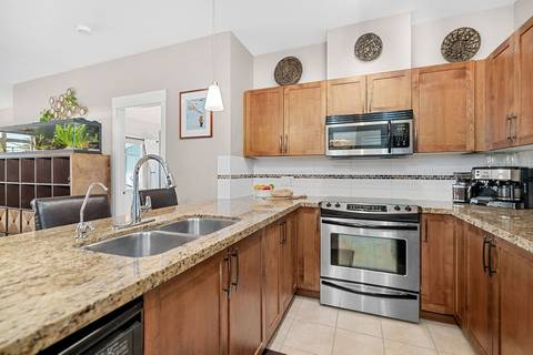 Condo for sale at 12350 Harris Rd Unit 214 Pitt Meadows British Columbia - MLS: R2435325