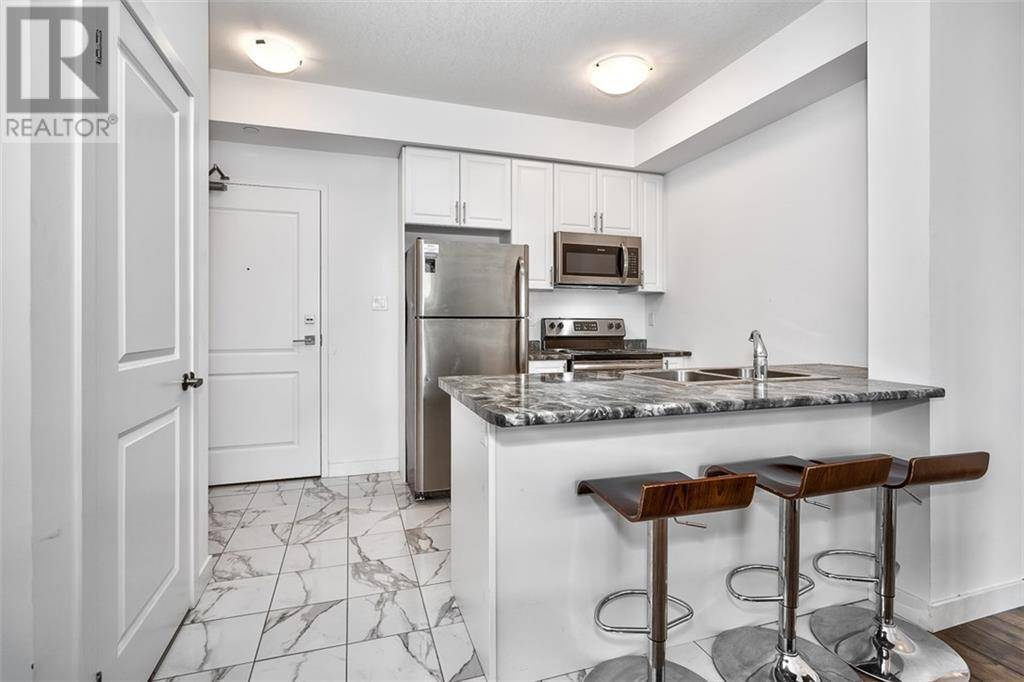 Condo for sale at 125 Shoreview Pl Unit 214 Stoney Creek Ontario - MLS: 30799204