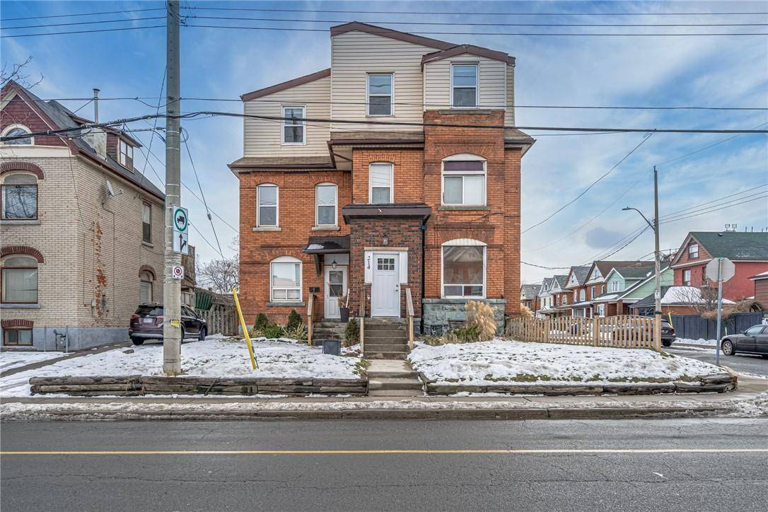 Townhouse for sale at 216 Wentworth St N Unit 214 Hamilton Ontario - MLS: H4071217