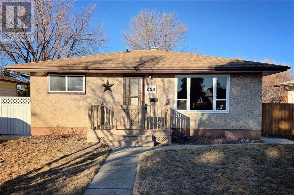 House for sale at 214 25 St S Lethbridge Alberta - MLS: ld0190108