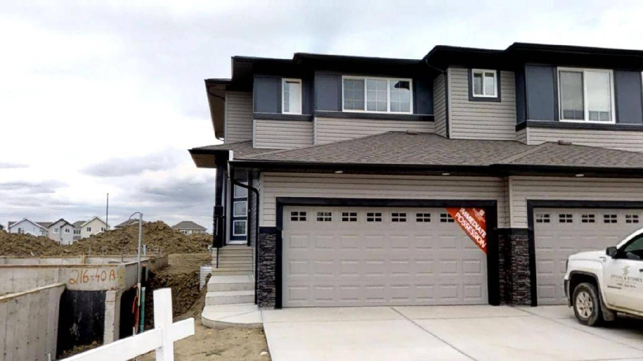 Townhouse for sale at 214 40a Ave Nw Edmonton Alberta - MLS: E4169242