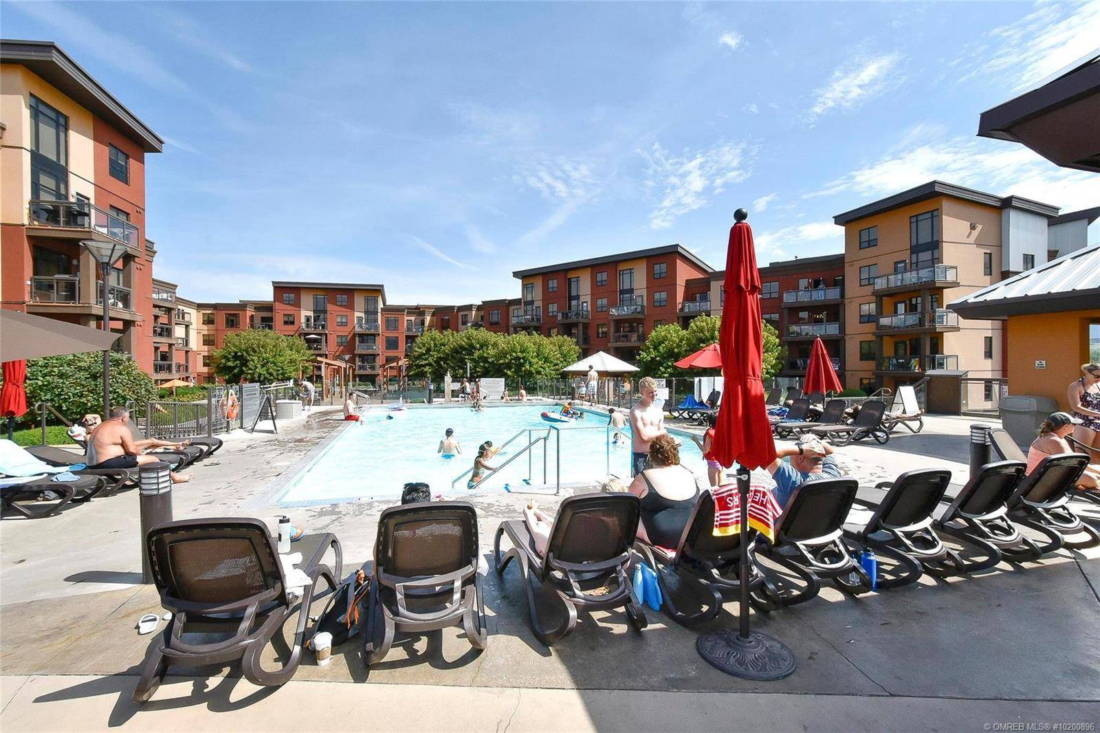 Condo for sale at 654 Cook Rd Unit 214 Kelowna British Columbia - MLS: 10200896