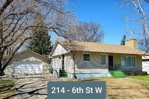 House for sale at 214 6th St W Carlyle Saskatchewan - MLS: SK806756