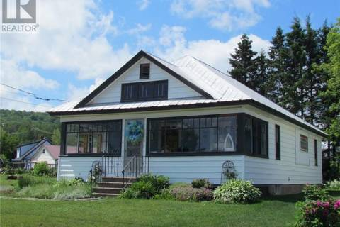 House for sale at 214 Broadway St Woodstock New Brunswick - MLS: NB020050