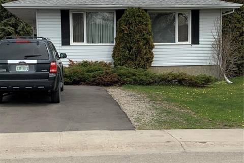 House for sale at 214 Church Dr Regina Saskatchewan - MLS: SK772610