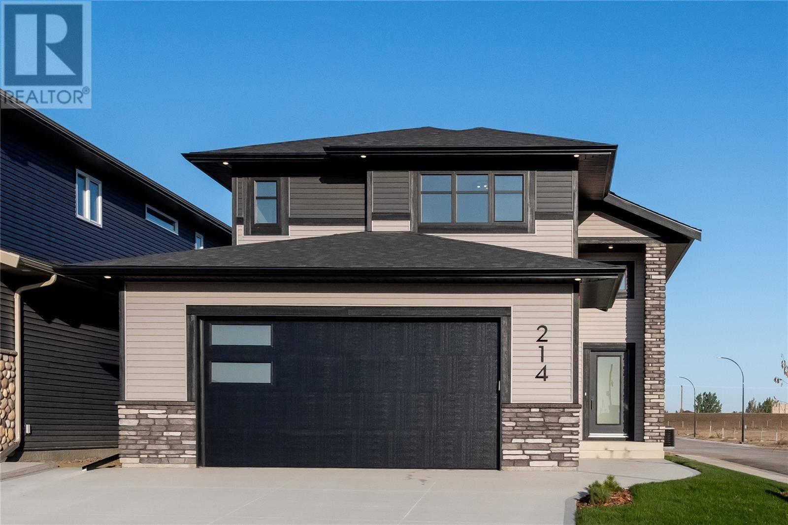 House for sale at 214 Germain Ct Saskatoon Saskatchewan - MLS: SK788884