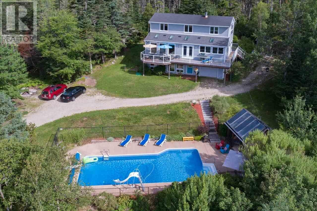 House for sale at 214 Hillside Dr Boutiliers Point Nova Scotia - MLS: 202015091