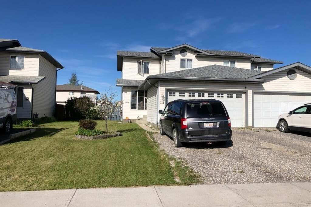 Townhouse for sale at 214 Mackay Cres Hinton Alberta - MLS: A1005423