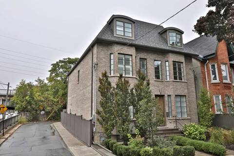 Townhouse for sale at 214 Macpherson Ave Toronto Ontario - MLS: C4389496