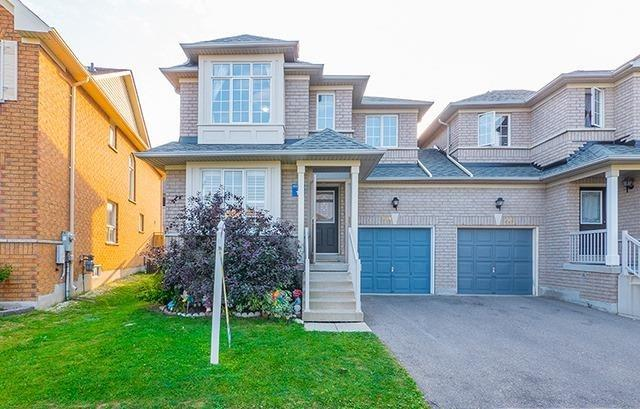 For Sale: 214 Red Maple Road, Richmond Hill, ON | 3 Bed, 4 Bath Townhouse for $1,099,900. See 20 photos!