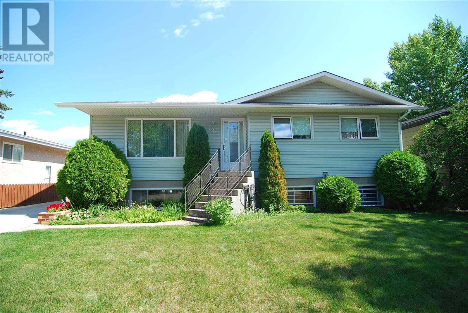 House for sale at 214 Vancouver Ave N Saskatoon Saskatchewan - MLS: SK789511