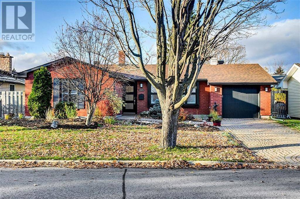 House for sale at 2141 Hubbard Cres Ottawa Ontario - MLS: 1175191