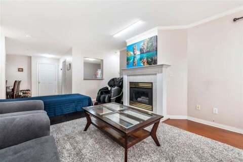 Condo for sale at 12125 75a Ave Unit 215 Surrey British Columbia - MLS: R2500296