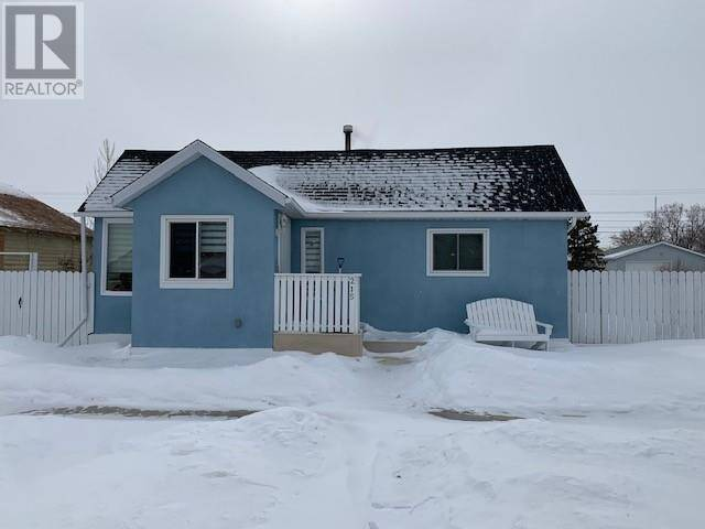 House for sale at 215 2 Ave E Hanna Alberta - MLS: sc0191079