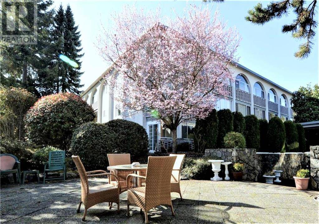 Condo for sale at 2050 White Birch Rd Unit 215 Sidney British Columbia - MLS: 405024