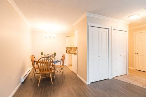 Condo for sale at 2211 Clearbrook Rd Unit 215 Abbotsford British Columbia - MLS: R2342192