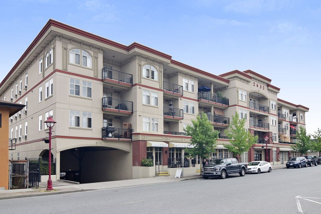 For Sale: 215 - 2632 Pauline Street, Abbotsford, BC | 2 Bed, 2 Bath Condo for $379,000. See 20 photos!