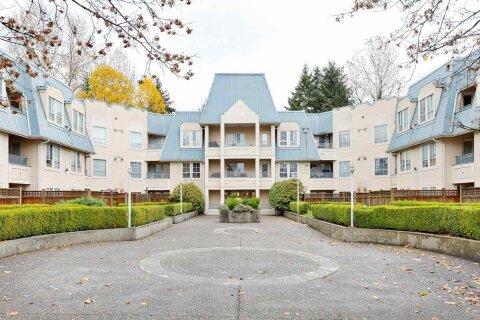 Condo for sale at 295 Schoolhouse St Unit 215 Coquitlam British Columbia - MLS: R2518353