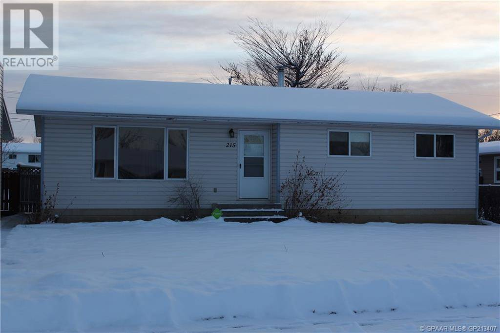 House for sale at 215 2nd Avenue Court Manning Alberta - MLS: GP213407