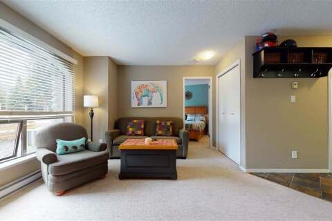 Condo for sale at 4809 Spearhead Dr Unit 215 Whistler British Columbia - MLS: R2459319