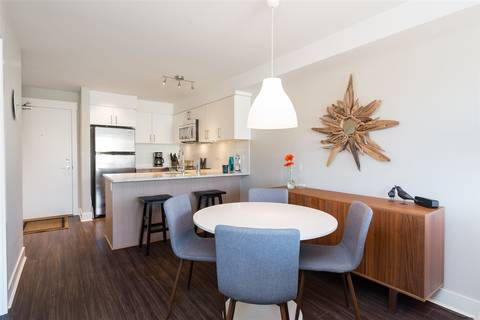 Condo for sale at 55 Eighth Ave Unit 215 New Westminster British Columbia - MLS: R2377418