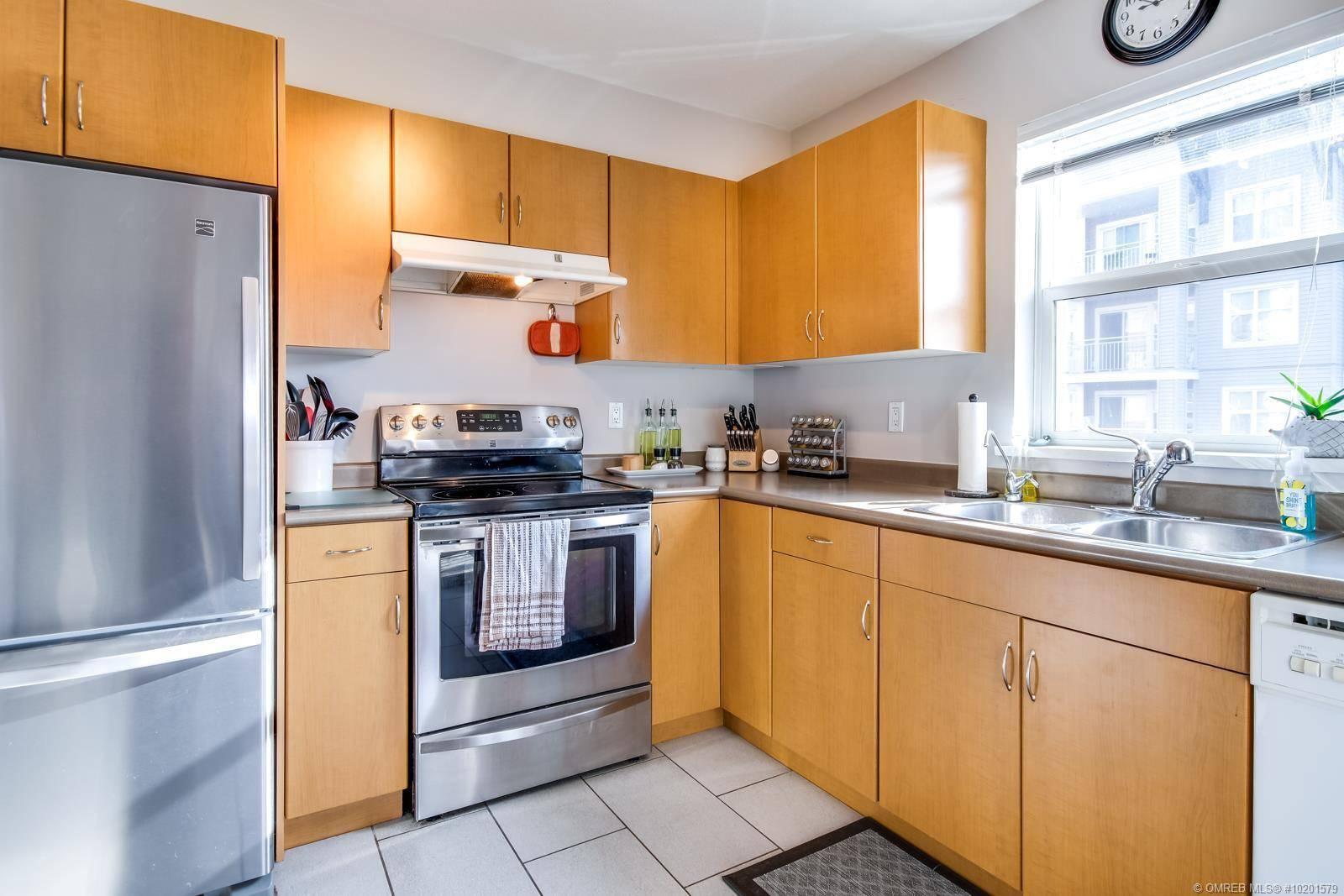 Condo for sale at 555 Yates Rd Unit 215 Kelowna British Columbia - MLS: 10201579