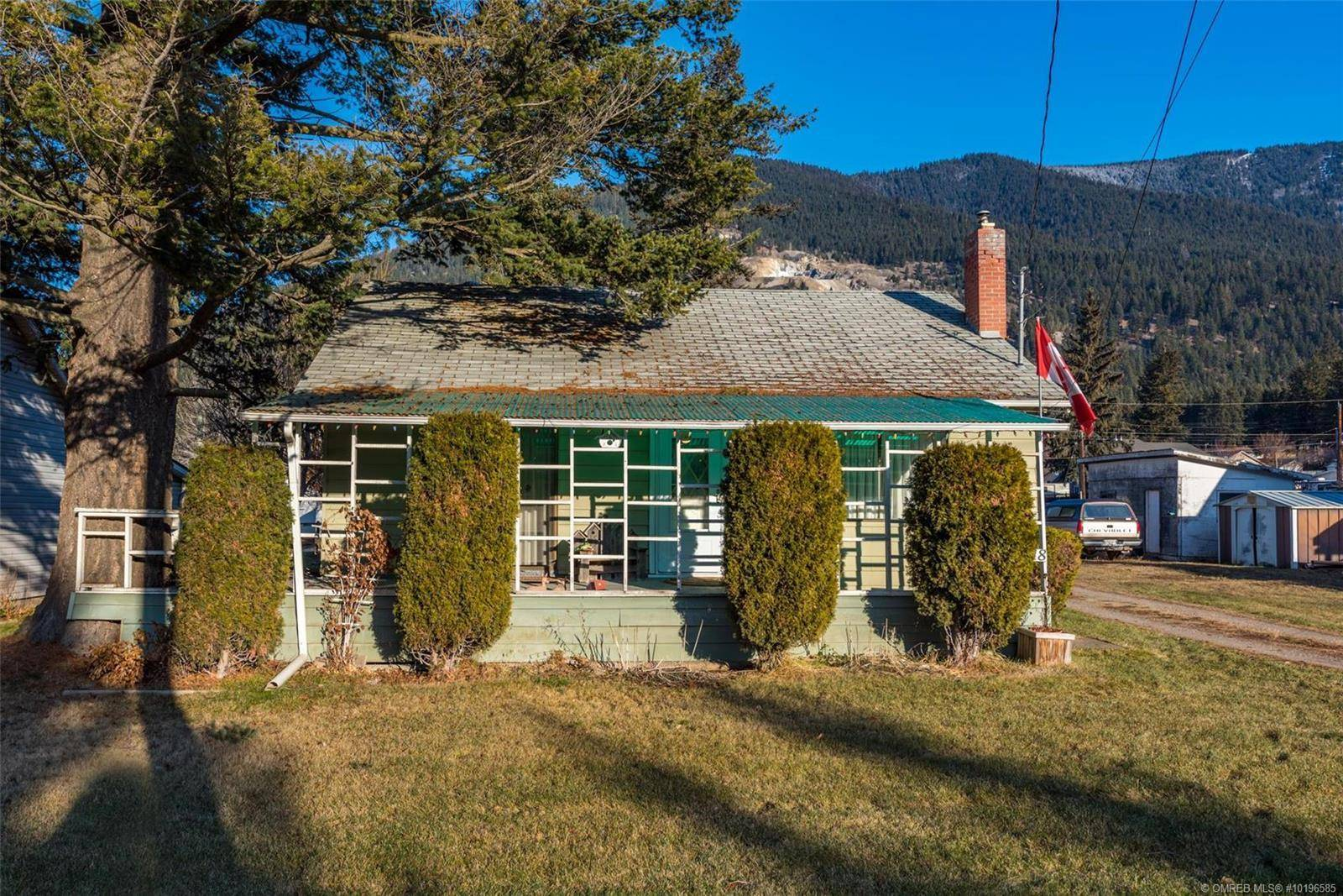 House for sale at 5718 Highway 97, Po Box 215  Unit 215, Falkland British Columbia - MLS: 10196585