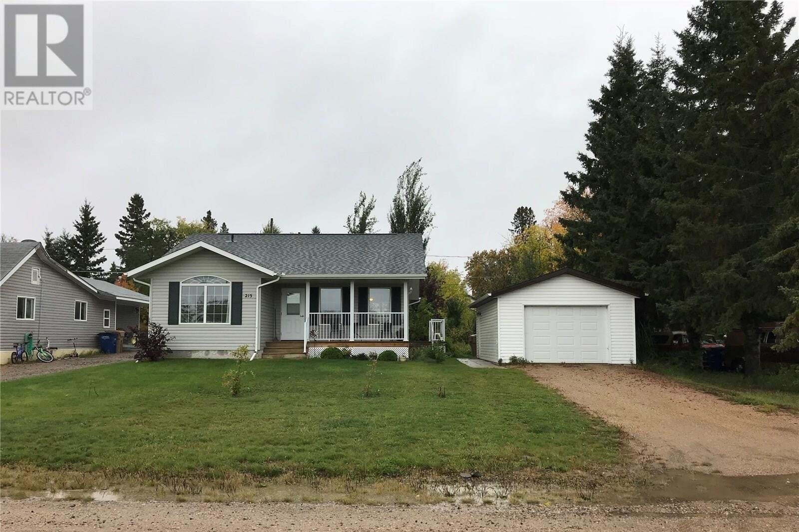 House for sale at 215 5th Ave W Shellbrook Saskatchewan - MLS: SK822121