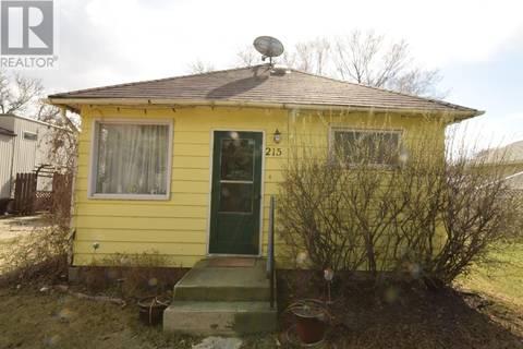 House for sale at 215 5th Ave W Watrous Saskatchewan - MLS: SK770588