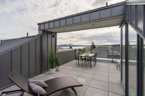 Townhouse for sale at 649 E 3rd St Unit 215 North Vancouver British Columbia - MLS: R2464183