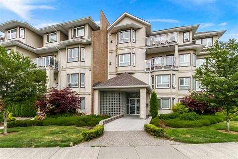 Condo for sale at 8142 120a St Unit 215 Surrey British Columbia - MLS: R2421132